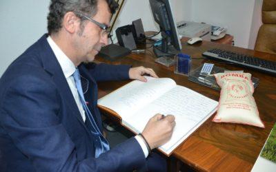 El subdirector general de Calidad Diferenciada y Producción Ecológica del Ministerio de Agricultura, Pesca y Alimentación, Javier Maté Caballero, ha visitado recientemente la DO Calasparra